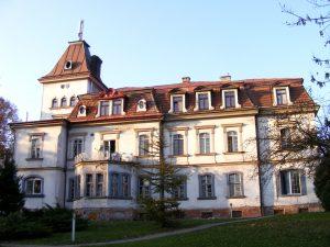 Dwór w Pleszowie